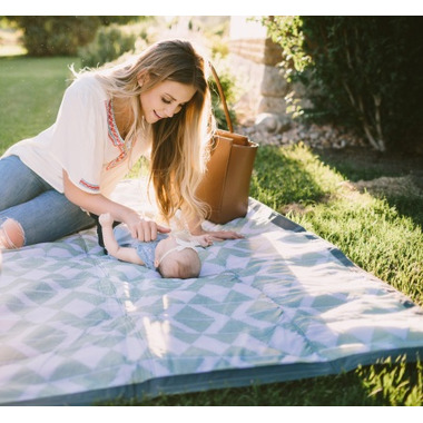Little Unicorn Outdoor Blanket Weave