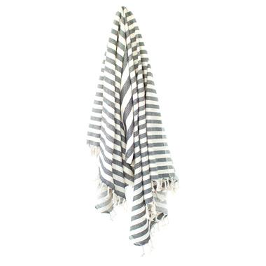 Stray & Wander Harbour Turkish Towel Black
