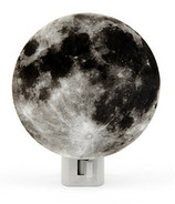 Kikkerland Moon Night Light