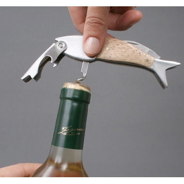 Kikkerland Lightwood Fish Corkscrew