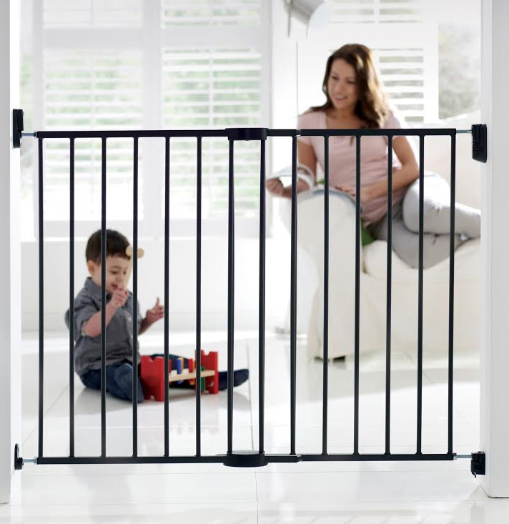 Buy Munchkin Extending Metal Gate at Well.ca | Free ...