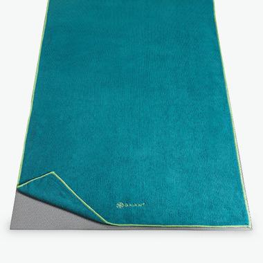Gaiam Thirsty Yoga Mat Towel Ocean & Sky