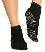 Gaiam No Slip Yoga Socks Black & Fern Size S/M