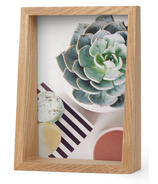 Umbra Edge 5x7 Frame Natural