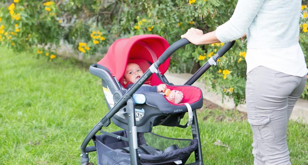 DIMENSIONS Infant Car Seat